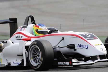 Roberto Merhi probará un DTM Mercedes en Estoril