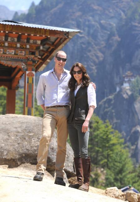 Kate Middleton Con Look Campero En Buthan B
