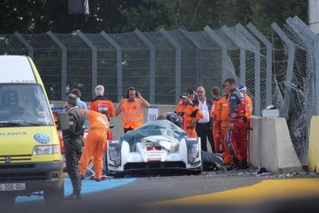 Audi R18 e-tron Quattro crash