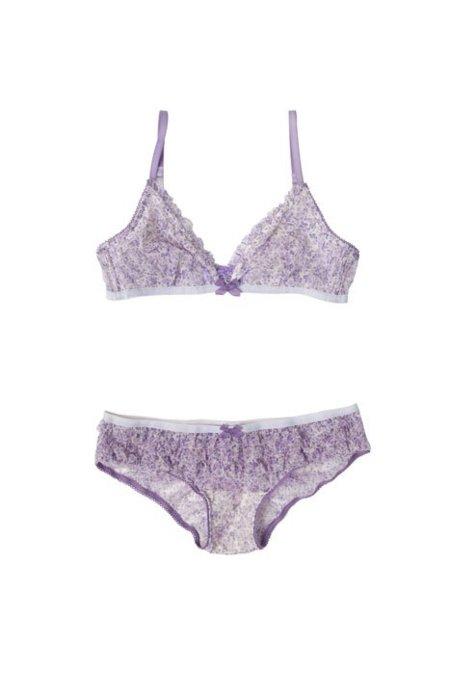 oysho_ss2012_lingerie_120102-14.jpg