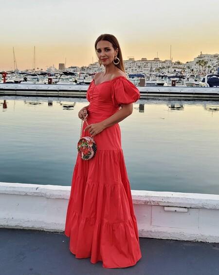 https://www.trendencias.com/moda-famosas/todo-al-coral-paula-echevarria-apuesta-vestido-ideal-rebajado-h-m-que-se-ha-agotado