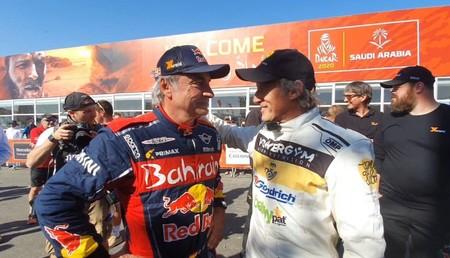 Carlos Sainz y Jesús Calleja lo tienen claro: Hubo un brote de coronavirus durante el rally Dakar 2020