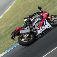 Foto 32 de 33 de la galería bridgestone-battlax-hypersport-s22-2019-prueba en Motorpasion Moto