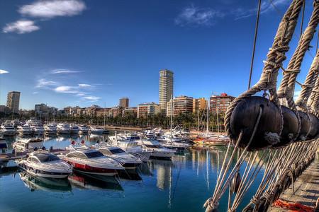 El turismo español durante 2013: luces y sombras, ciertas sombras