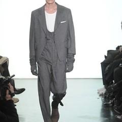 Foto 2 de 13 de la galería yves-saint-laurent-otono-invierno-20102011-en-la-semana-de-la-moda-de-paris en Trendencias Hombre