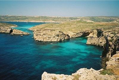 Visitando Malta junto a bloggers europeos (y II): vistiéndonos de blanco nuclear