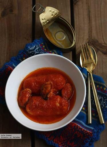 Lomos de merluza con tomate y mejillones en escabeche. Receta