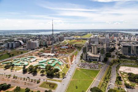 Brasilia Aerea Eixo Monumental