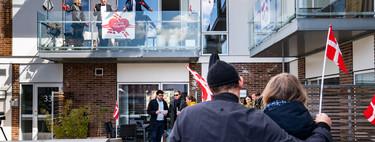 Dinamarca decidió reabrir los colegios. Dos semanas después, su ritmo de contagios volvió a crecer