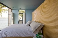 Puertas abiertas: un dormitorio con vistas