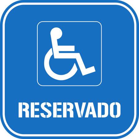 Tarjetas de aparcamiento para discapacitados. Así es como ha cambiado la normativa que las regula