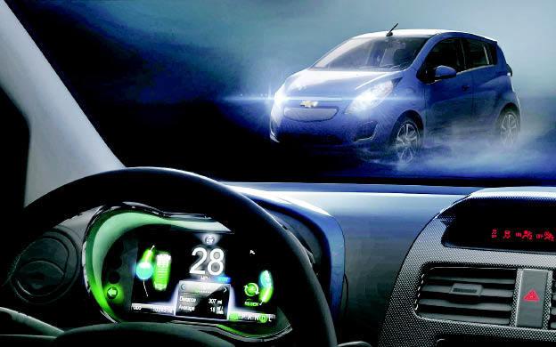 Chevrolet Spark EV con Siri y cargado rápido