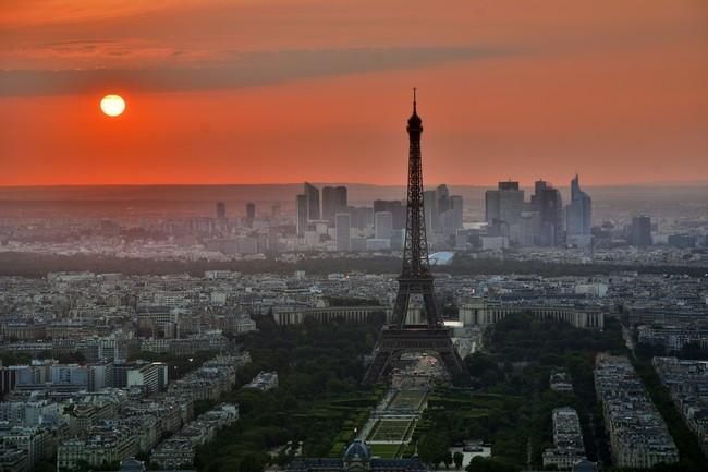 Curiosidades Fotografiar La Torre Eiffel De Noche Puede Ser Un Delito