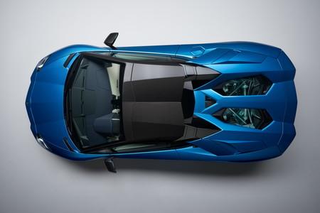 Lamborghini Aventador S Roadster 7