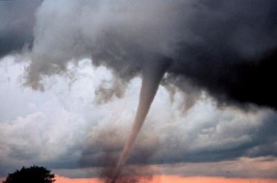 Muros de 300 metros para salvar el Medio Oeste de los EE.UU. de los tornados