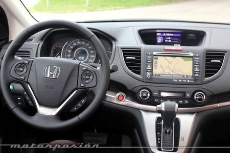 Honda CR-V, vista interior del puesto de conducción