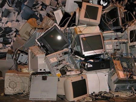 6 de cada 10 PCs de la Segob son obsoletas, según auditoría, pero se gastaron más de 150 millones de pesos en mantenimiento