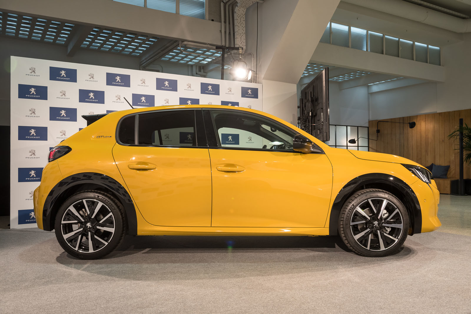 Peugeot 208 y e-208 2019 (presentación estática)