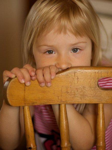 Los padres podemos ayudar para que nuestros hijos superen la timidez
