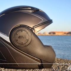 Foto 30 de 38 de la galería givi-x-09-prueba-del-casco-modular-convertible-a-jet en Motorpasion Moto