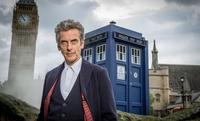 Steven Moffat confirma a Peter Capaldi en 'Doctor Who' por dos temporadas más