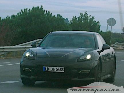 Los Porsche Panamera se van a Almería