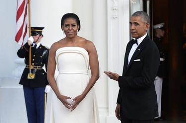 Michelle Obama quiso dejarnos a todos con la boca abierta y lo consiguió (pero no precisamente por lo bien que le sentaba este Brandon Maxwell)