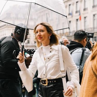 El street style demuestra que una falda negra de tubo es el salvavidas de un armario tanto de día como de noche y estas de Zara nos encantan