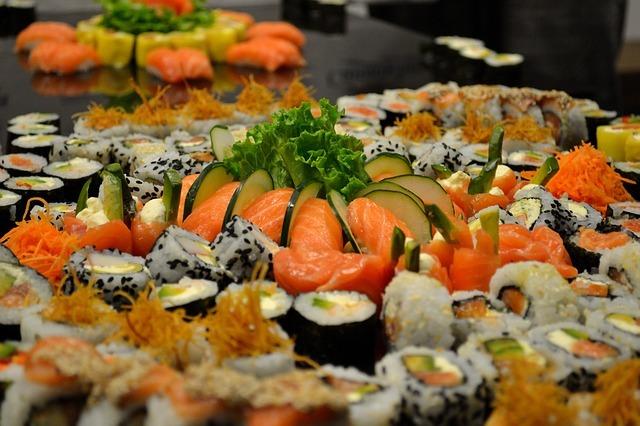 Sushi 596930 640