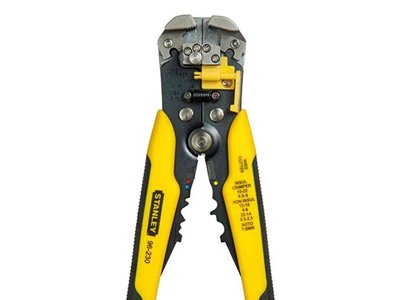 El pelador de cables  Stanley FMHT0-96230 a la venta en Amazon por 14,84 euros