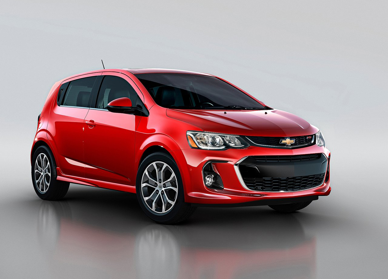 foto de chevrolet sonic sed n hatchback 2017 3 8. Black Bedroom Furniture Sets. Home Design Ideas