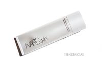 Piel luminosa y fresca con Nars limpiadora purificante. ¡Ideal para pieles normales y grasas/mixtas!