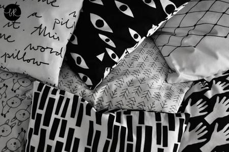 Los textiles con estampados gráficos de bastisRIKE