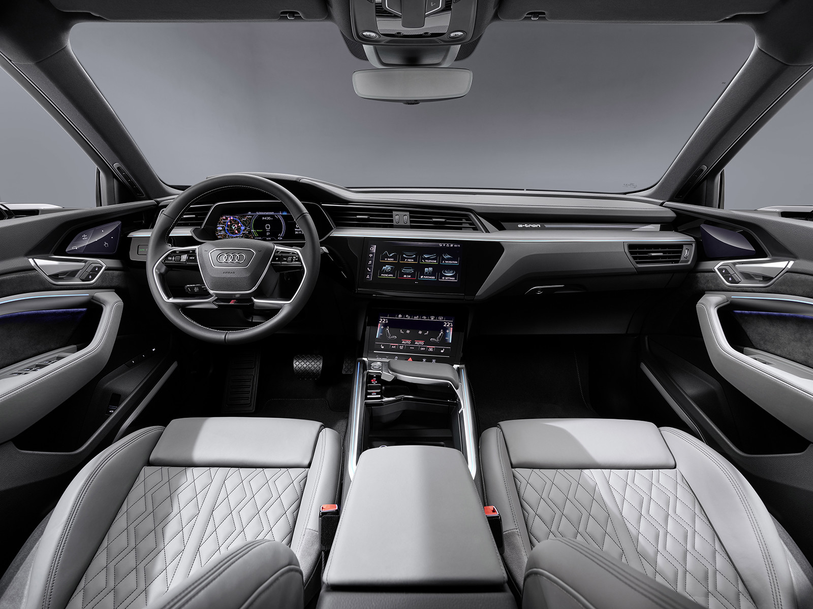 Foto de Audi e-tron Sportback (46/57)