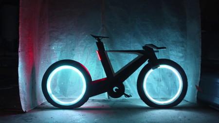 Esta espectacular bici con diseño futurista es lo más cercano que estaremos de la moto de Tron