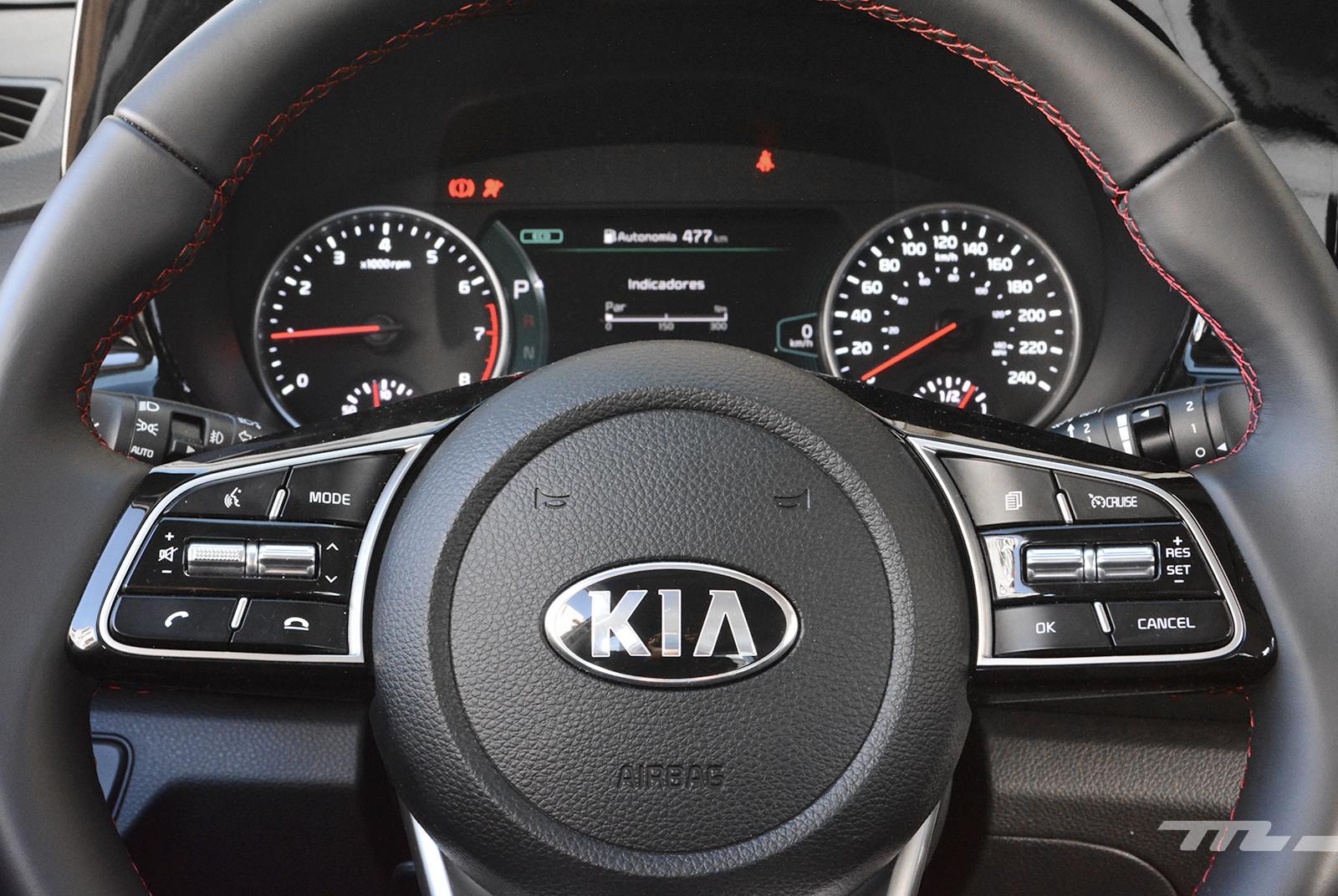 Foto de KIA Seltos vs. Mazda CX-30 (comparativa) (30/32)