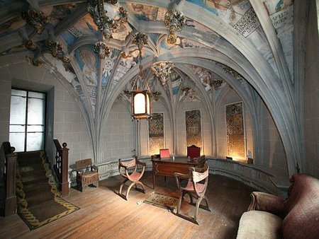 Casa de lujo en Segovia. ¿Vivirías en un antiguo Convento de Trinitarios?