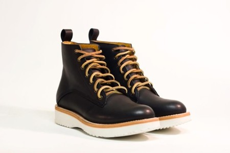 unmarked bota