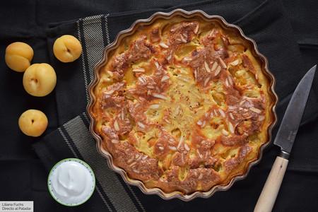 Pastel jugoso de albaricoques y almendra: receta sin gluten que versiona un postre clásico francés