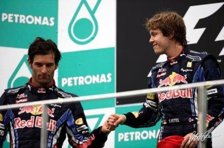 Red Bull aprovecha los despistes en Sepang. Bandera a Cuadros GP de Malasia 2010