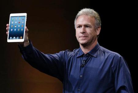 Phil Schiller presentando el iPad