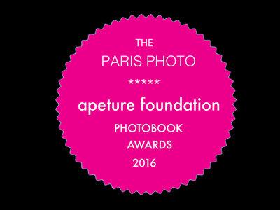 Michael Christopher Brown gana con Libyan Sugar el PhotoBook Awards 2016 de Paris Photo y Aperture Foundation
