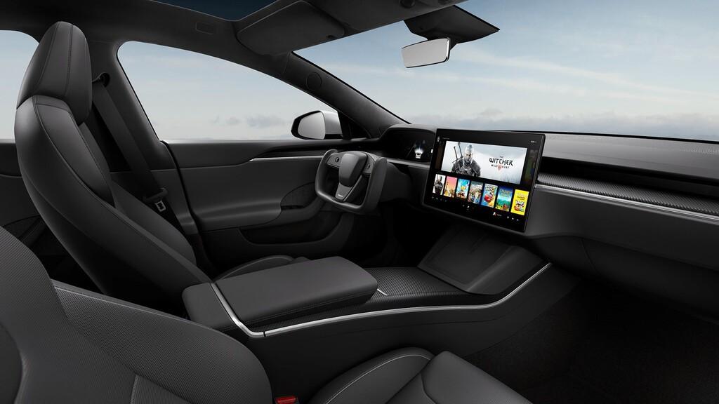Tesla rediseña el Model S con espectacular nuevo interior y una versión con 830 km de autonomía