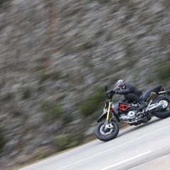 Foto 10 de 30 de la galería aprilia-dorsoduro-factory-2010 en Motorpasion Moto