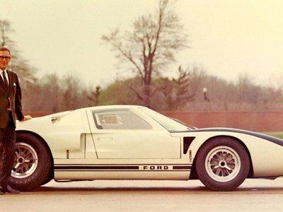 Muere Roy Lunn, padre del Ford GT40 y del SUV moderno tras una carrera de disrupción en el mundo de la automoción