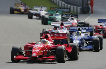 Superleague Formula: La Superliga de fútbol con coches de Fórmula 1 que sí llegó a arrancar pero fracasó