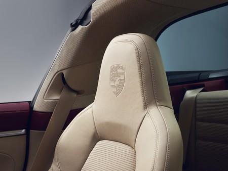 Porsche 911 Targa Heritage Design Edition 60