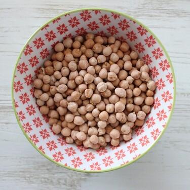 Cocinar un kilo de garbanzos del tirón y aprovecharlos a lo largo de la semana en 15 recetas