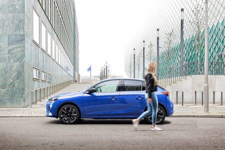 Opel Salto Electrico 10