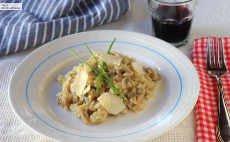 Risotto de champiñones, la receta más sencilla para disfrutar de un arroz mantecoso y lleno de sabor